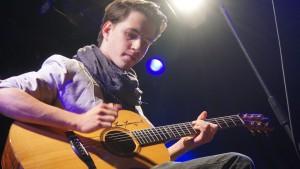 Spielte blitzefixe Läufe auf der Gitarre: Sebastian Klein